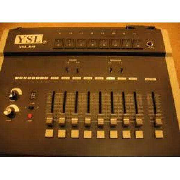 Bàn điều khiển ánh sáng liền YSL8+8